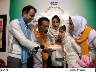 چهارمین سالگرد تولد مسافر کامران شریفیان در نمایند